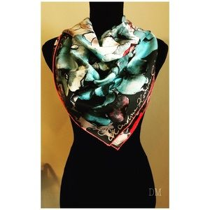 Authentic Carolina Herrera Scarf Made in Italy